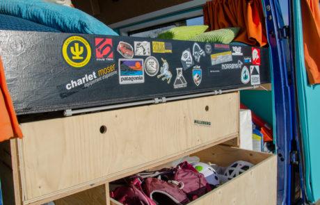 Dory back storage