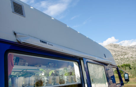 Dory Thule awning
